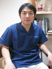 院長 四本貴也 Takaya Yotsumoto
